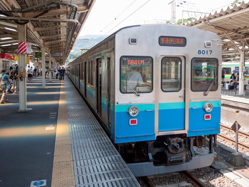 """""""Izukyu Train"""" """"Panasonic GF2"""" """"GF2"""" m43 """"Panasonic 14mm f/2.5"""""""